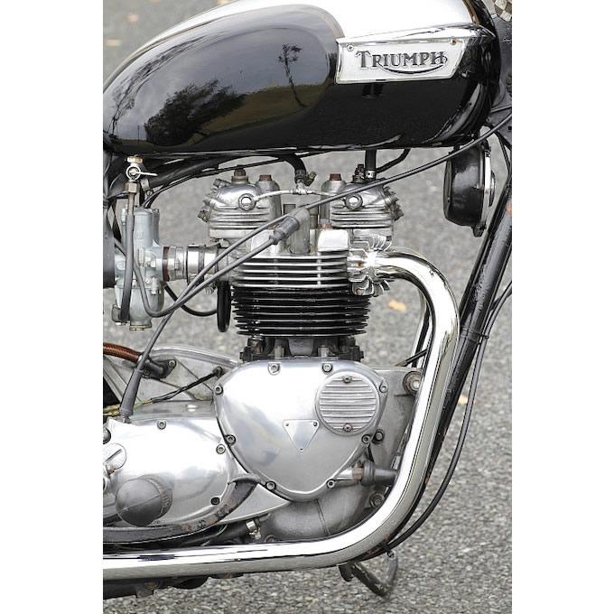 エンジンは79年式T140Eを採用。一度焼きついてしまったが、オーバーホールを経て復活した。