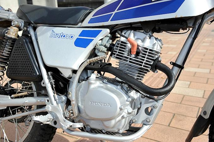 前型式よりCDIやクランクケースが強化されたエンジンは125ccながら力強い走りが楽しめる。