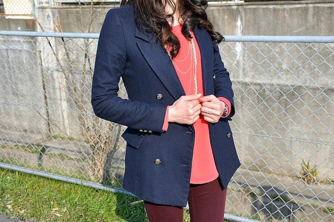 いつ何どき仕事が舞い込んでも対応出来るように、ジャケットスタイルは欠かせない。