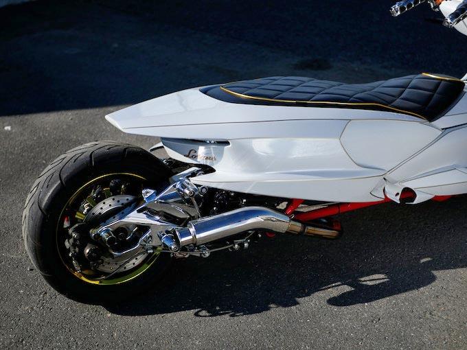 通称「4D9マジェスティ」は、カスタムベースの隠れた名車のカスタム画像