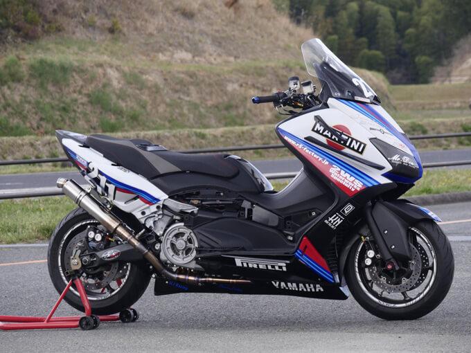 TMAXにはレースをオマージュしたデザインが似合うの画像