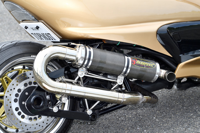 400ccの魅力をハードスタイルで表現したグランドマジェスティのカスタム画像