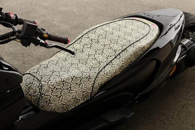 太足フォルツァの存在感が光るビッグスクーターカスタムのカスタム06画像