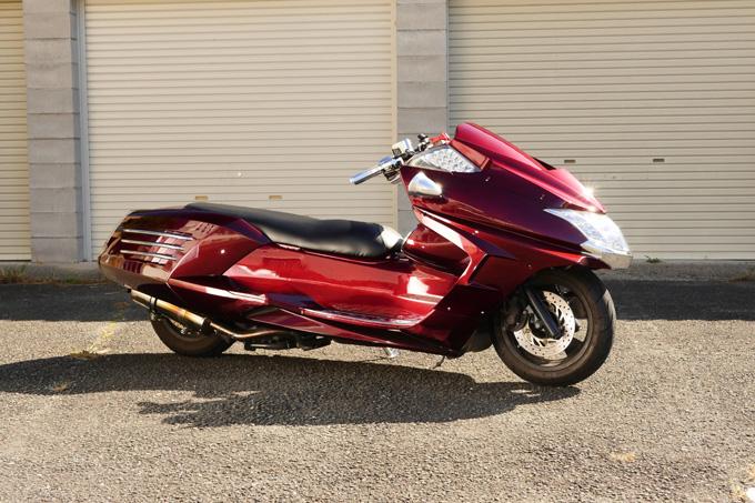 ビッグスクーターカスタムのエントリーユーザーに見ていただきたいスタンダードなライトカスタムマグザムの画像