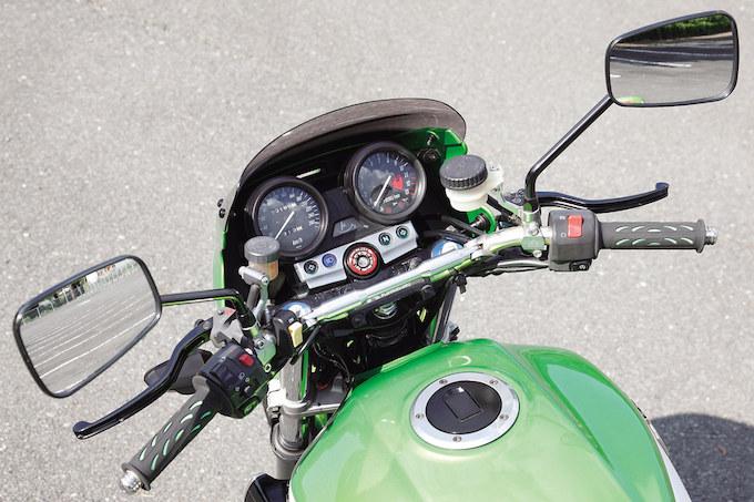 単車工房モトジャンキー ZRX1200R(カワサキ ZRX1200R)のカスタム画像