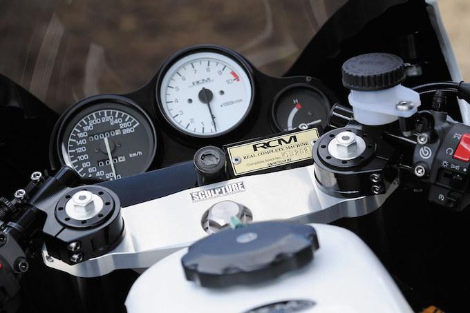 ACサンクチュアリー CB1100R(ホンダ CB1100R)のカスタム画像