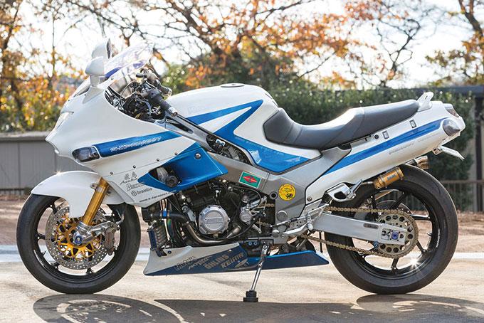 K-2 PROJECT ZZR1100(カワサキ ZZR1100)のカスタム画像