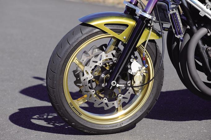 T.T.R MOTORS ZEPHYR750(カワサキ ZEPHYR750)のカスタム画像
