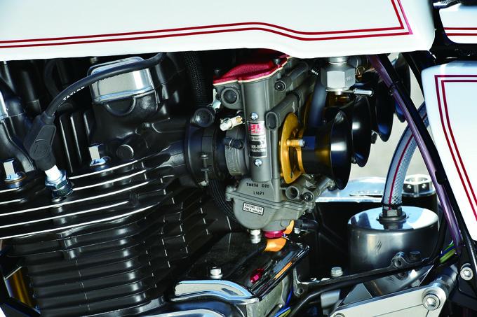 BULL DOCK Z1R-II(カワサキ Z1R-II)のカスタム画像