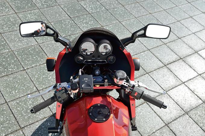 SPEC ENGINEERING GPZ900R(カワサキ GPZ900R)のカスタム画像