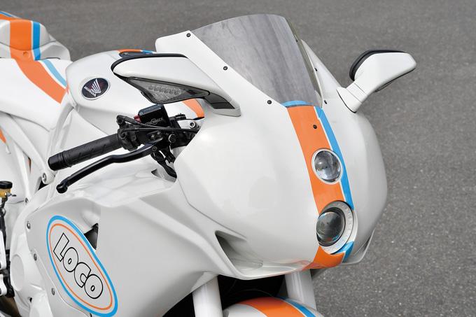 LOCO GARAGE CBR1000RR(ホンダ CBR1000RR)のカスタム画像