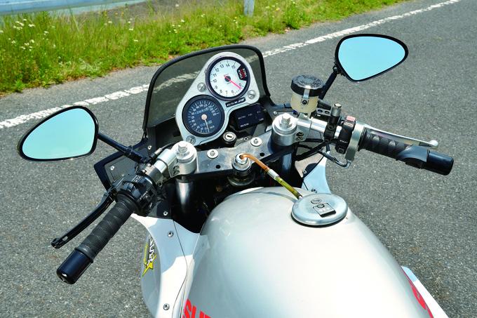 PLEASURE GSX750S(スズキ GSX750S)のカスタム画像