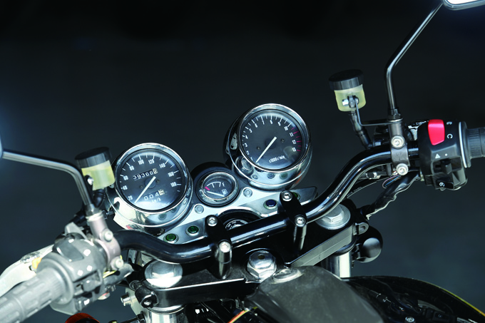 BRIGHT LOGIC INAZUMA1200(スズキ INAZUMA1200)のカスタム画像