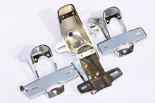 ダックス用のテール台には初期型タイプのほか、II 型タイプもある。ユーザーの声に応えているのだ。
