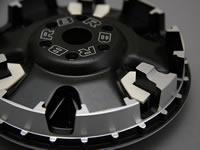 スライドピースはシリコンを含有し、ランププレートをスムーズに作動させる。プーリボースの軸受け部は、潤滑能力が高いリン青銅を使用。ボス自体にも高周波焼き入れを施し、擦動抵抗を下げてある。