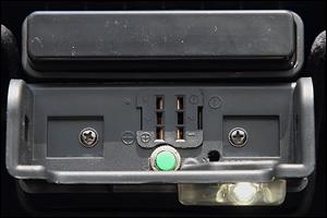 トップカバーのユニットに設置されたLEDランプ。ちょっとした便利装備がうれしい