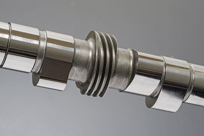 ヨンフォア用の幻のカムが削り出しのST-1Mで復活。これがシリンダーヘッドの神器の画像