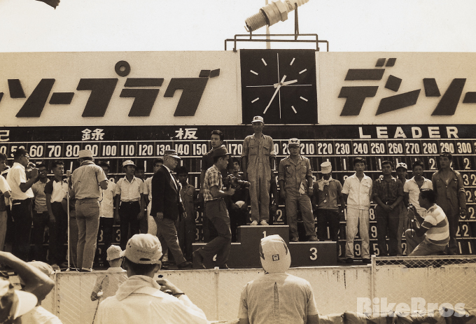 Yoshimura History #04: Pop's energy and passion brought the All-Japan Motorcycle Clubman Race to Gannosu. Kyushu riders went on to win the Suzuka 18 Hour Endurance Race.の画像