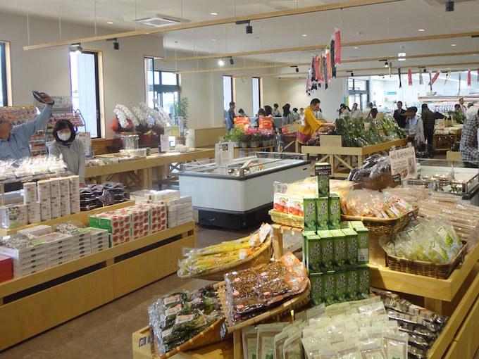 【ライダー目線で調査/道の駅 南信州とよおかマルシェ】地元野菜と地域住民が集まる市場
