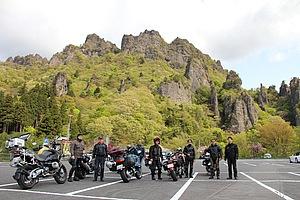 妙義の岩塊を一望できる駐車場。いつ来ても素晴らしい眺め。遠くの山までも見える眺望スポットでもあります。