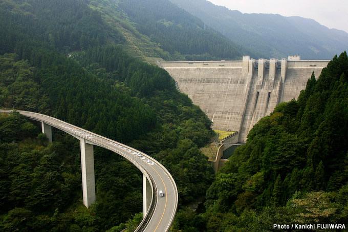日本の絶景100選 雷電廿六木橋(埼玉県)の画像