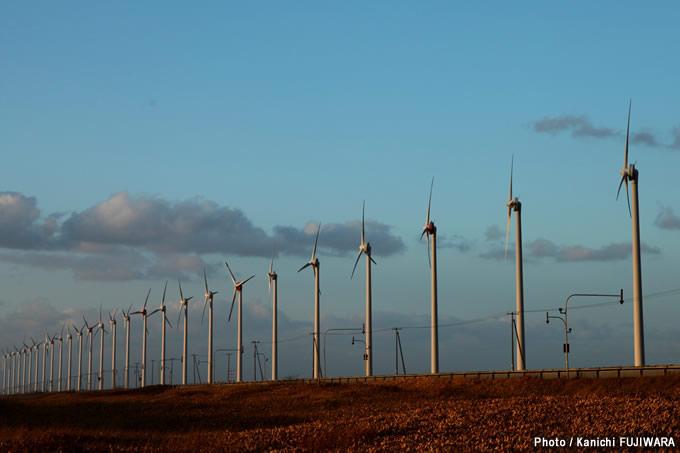 日本の絶景100選 オトンルイ風力発電所(北海道)の画像