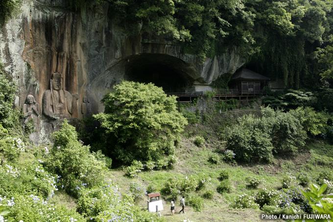 日本の絶景100選 普光寺の磨崖仏(大分県)の画像