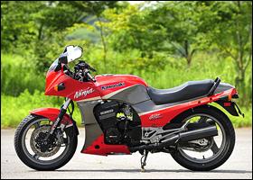 KAWASAKI GPZ900R 1998
