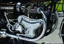 WシリーズのOHVバーティカルツインはプライマリーケースのデザインが秀逸。未だに人気が高い理由の1つだ。