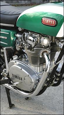 1960年代の雰囲気を色濃く残すエンジンデザインは、1980年のXS650スペシャルにまで採用された長寿エンジンだ。